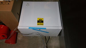 Chest freezer 7 cu ft