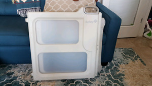 Safety first expandable baby gate