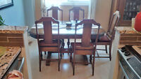Dining Room Table MUST SELL ASAP