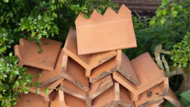 Many different types RIDGES tiles reclaimed