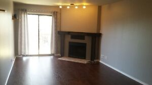 Lakewood - 2 Bedroom Condo