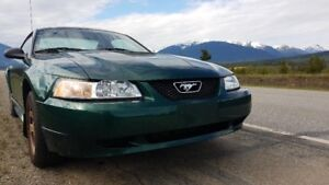 Mustang 2000 coupe 2 door v 6 for sale