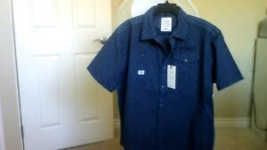 New men's short sleeve shirt from Bootlegger  with a tag