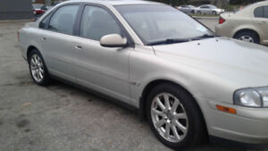 2003 Volvo S80   INCLUDES THE TAX