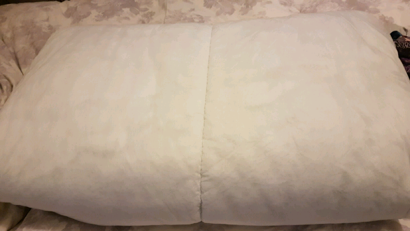 2 x double duvets. | in Bolton, Manchester | Gumtree