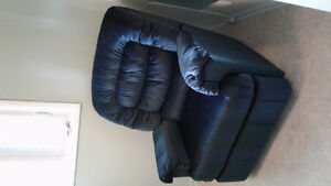 Large, super comfy green recliner