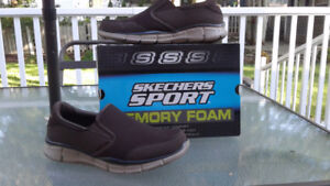 Size 8 sneakers brown