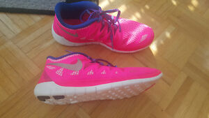 Nike Free Runs in pink and blue