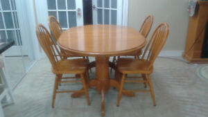 Dining/Kitchen Solid Oak Set