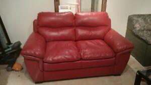 lover seat divant 2 place en cuir rouge
