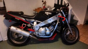 "90 Yamaha fzr 600 genesis ""price drop"" as is"