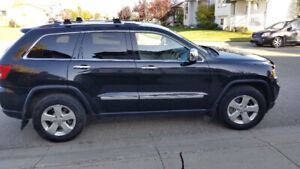 2012 Jeep Grand Cherokee Limited AWD REDUCED PRICE. Red Deer Alb