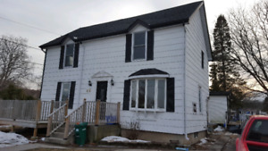 Duplex for rent 2 or 3 bedroom in Frankford