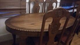 Beautiful table with 6 chairs