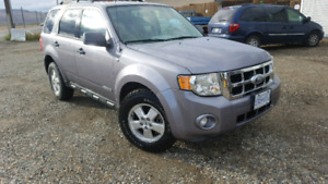 2008 Ford Escape 4wd v6 120k new tires
