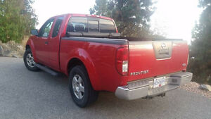 2007 Nissan Frontier SE Pickup Truck - Only 108,000km