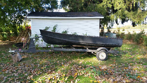 12 ft aluminum boat and trailer with fish finder and motor London Ontario image 1
