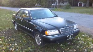 1995 Mercedes-Benz C-Class excellent condition!