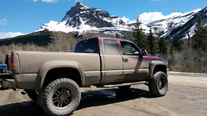 2000 Lifted Chevy 2500