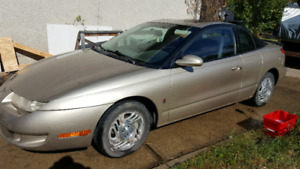 2000 Saturn Sc-2. Parting out.