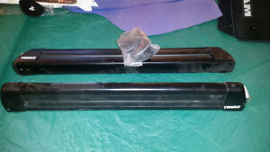 Thule 724 ski/board rack. With clamp kit and lock!
