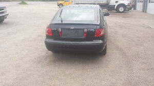 2005 Hyundai Elantra 2005 Hatchback Certified and E-tested $2500 Kitchener / Waterloo Kitchener Area image 4