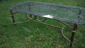 Beautiful rod iron and glass coffee and end table