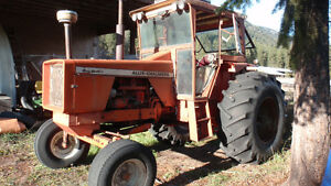 190 Allis Chalmers tractor