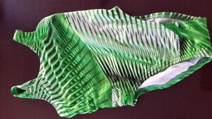 Girls Speedo Endurance+ bathing Suit size 5/6