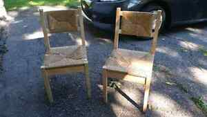 Ikea two chairs deux chaises Ikea