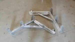 Set of Aluminum ladder jacks in perfect condition $160.00