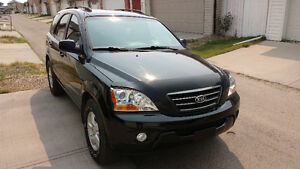 2008 Kia Sorento-Navigation,handsfree,remote starter,great shape