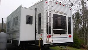 2004 Cherokee  27.5 foot fit wheel.