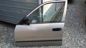 Toyota Corolla Drivers  Side Front Door