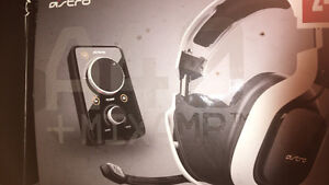 GREAT NEW ASTRO A40'S + MIX AMP (GAMING)