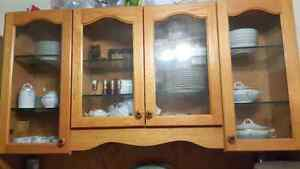 Solid oak hutch and buffet - OBO WILLING TO NEGOTIATE London Ontario image 1