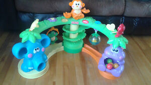 Fisher Price Musical Jungle