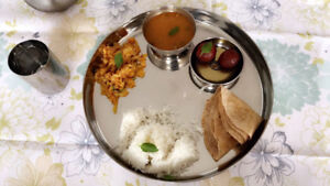 Home Cooked Veg Gujarati / North Indian Foods / Tiffin Service