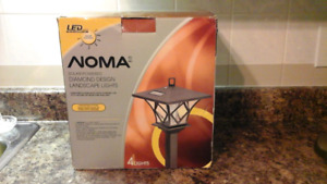 NOMA Solar LED Diamond Coach Lights, 4-Pk New in Box