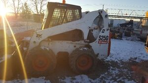 Bobcat S-250 Skid steer