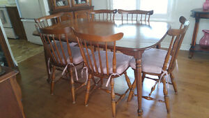 Vilas Solid Maple Dining Table and 6 Chairs