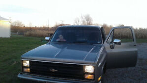 """1986 Chevy C10 """"Squarebody"""" Project"""