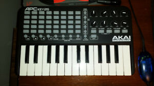 APC Key 25 | Ableton Live Controller with Keyboard Akai Pro