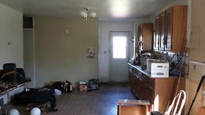 1 1/2 STORY HOUSE FOR SALE TO BE MOVED Strathcona County Edmonton Area image 3