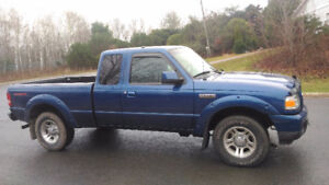2008 Ford Ranger Sport Pickup Truck with tonneau