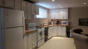 Spacious, Bright 1 Bedroom Apartment (West End).