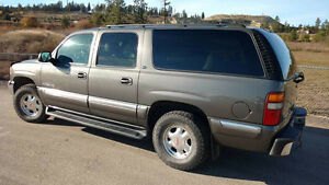 2002 Gmc Yukon XL 8 passenger Xlt fully loaded