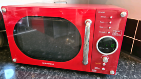 Red Daewoo 800w Microwave