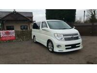 Nissan Elgrand 3.5 automatic 8 seater white MPV day van full leather 2008