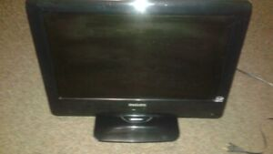 "Philips 19"" TV with hdmi cord and cables"